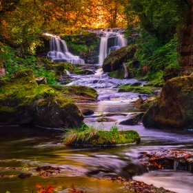 Upper Thomason Foss amidst nature's beautiful display of autumn colour.