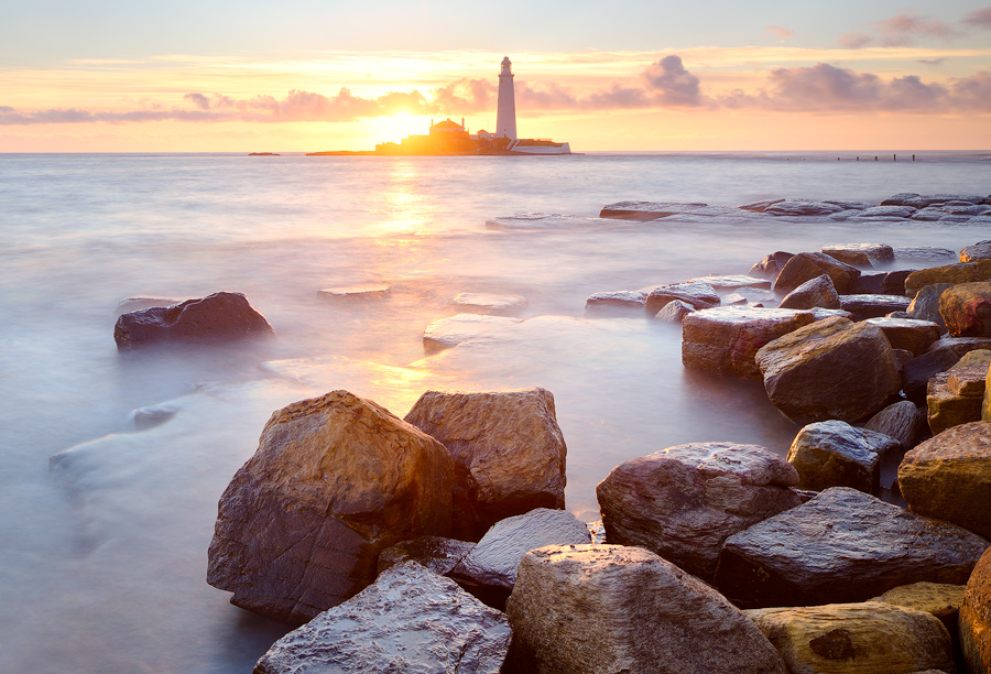 Sunrise at St Mary's Lighthouse, Whitley Bay, Tyne & Wear, England.